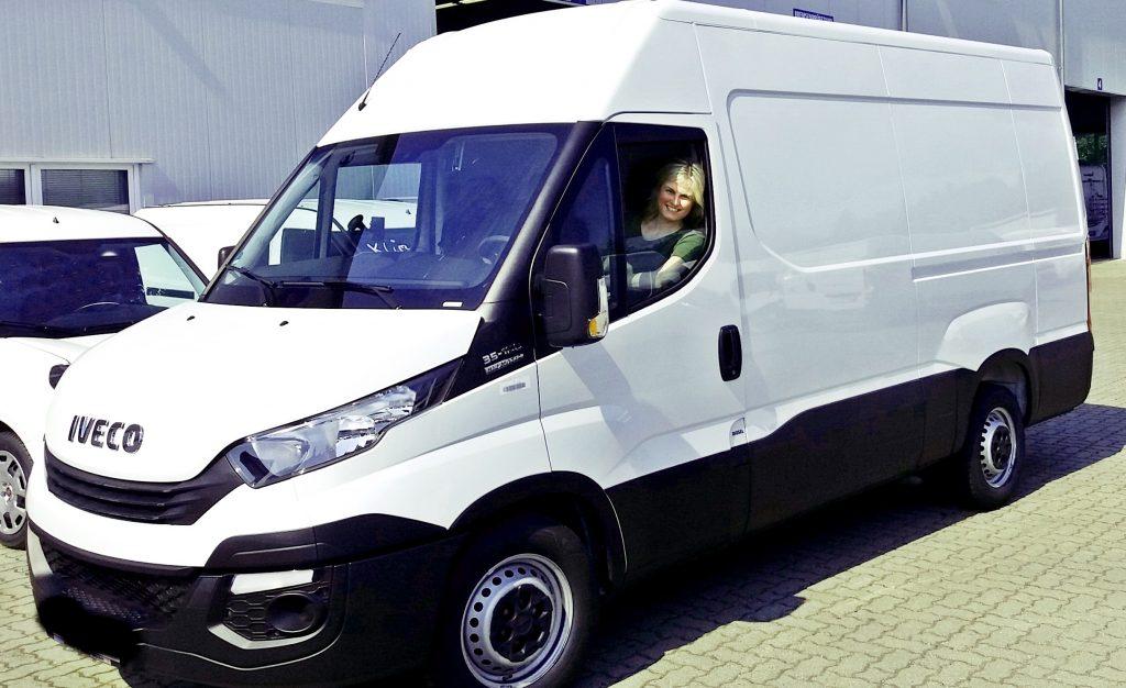 Iveco Daily, Van, Camper, Wohnmobil, Kastenwagen, Ausbau, Vanlife, Frau E. notiert, MCS-Mobil